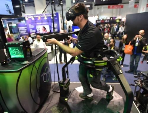 Bieganie w wirtualnym świecie: bieżnia Virtuix Omni na wynajem