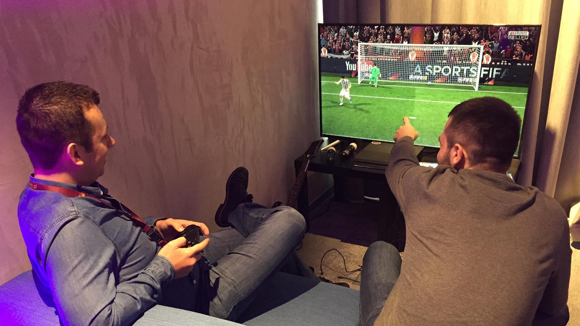 Konsole PlayStation FIFA wynajem