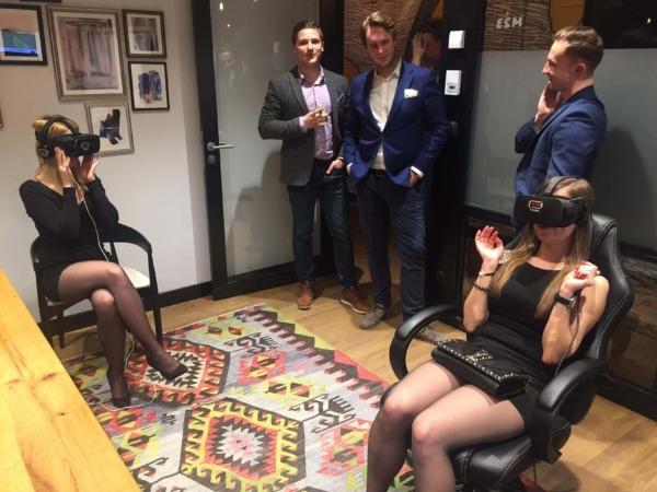 Gogle VR na imprezę