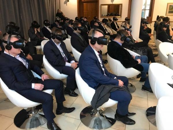 Wirtualna rzeczywistość na targi, konferencje, szkolenia