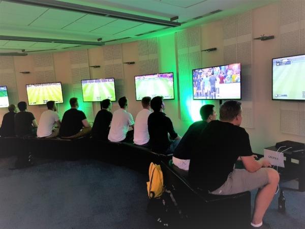 Konsole PlayStation FIFA turniej