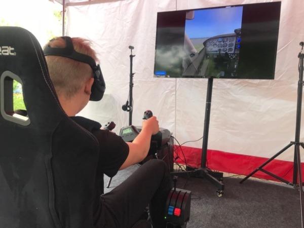 Statyczny symulator lotu VR