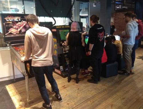 Realizacja: konsole retro, automat arcade, flipper