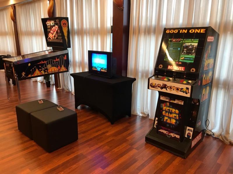 Automat arcade, konsole retro flippery wynajem
