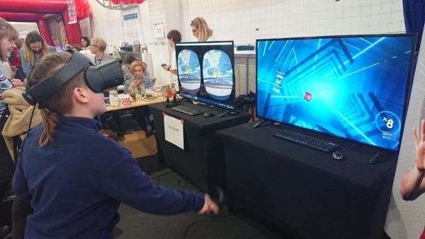 Gogle VR do wynajęcia na imprezę taneczną