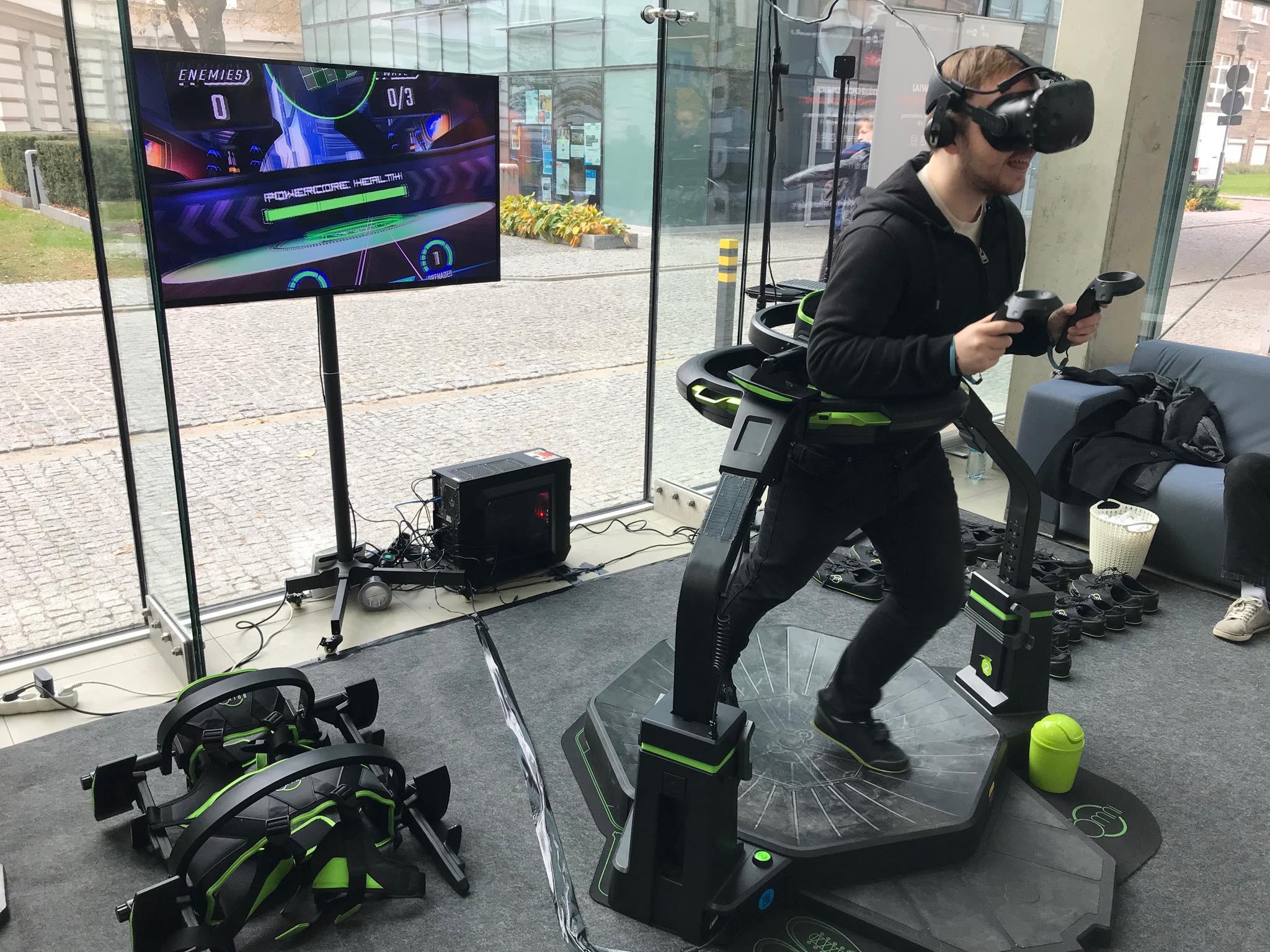 Platforma VR Virtuix Omni wynajem